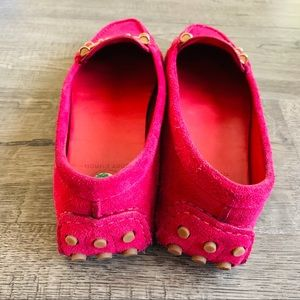 Tory Burch Shoes - Tory Burch Daria Driver Pink Suede Loafers Sz 9